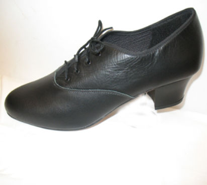 Freed character leather upper stage shoes