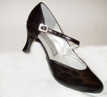 salsa and ballroom style dance shoes