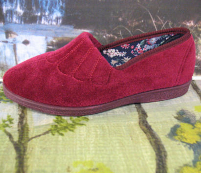 zara ladies burgundy traditional comfort slippers