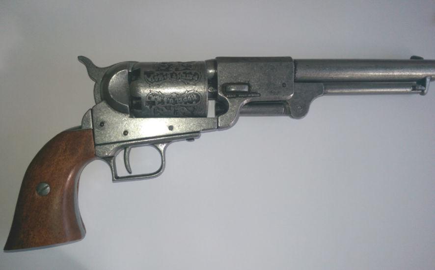 Colt Dragoon pistol replica
