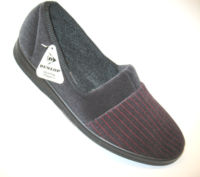 last pair mens slippers large size dunlop size 11